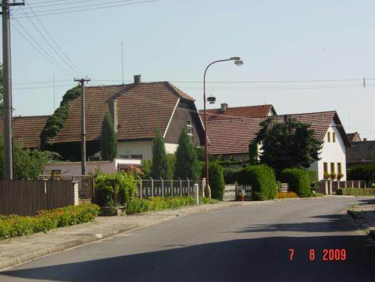 http://www.vysehnevice.cz/files2/imagecache/uplny_obrazek/Obec_0.JPG